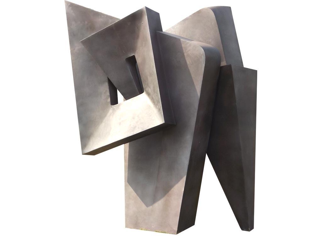 Genti Tavanxhiu Sculpture