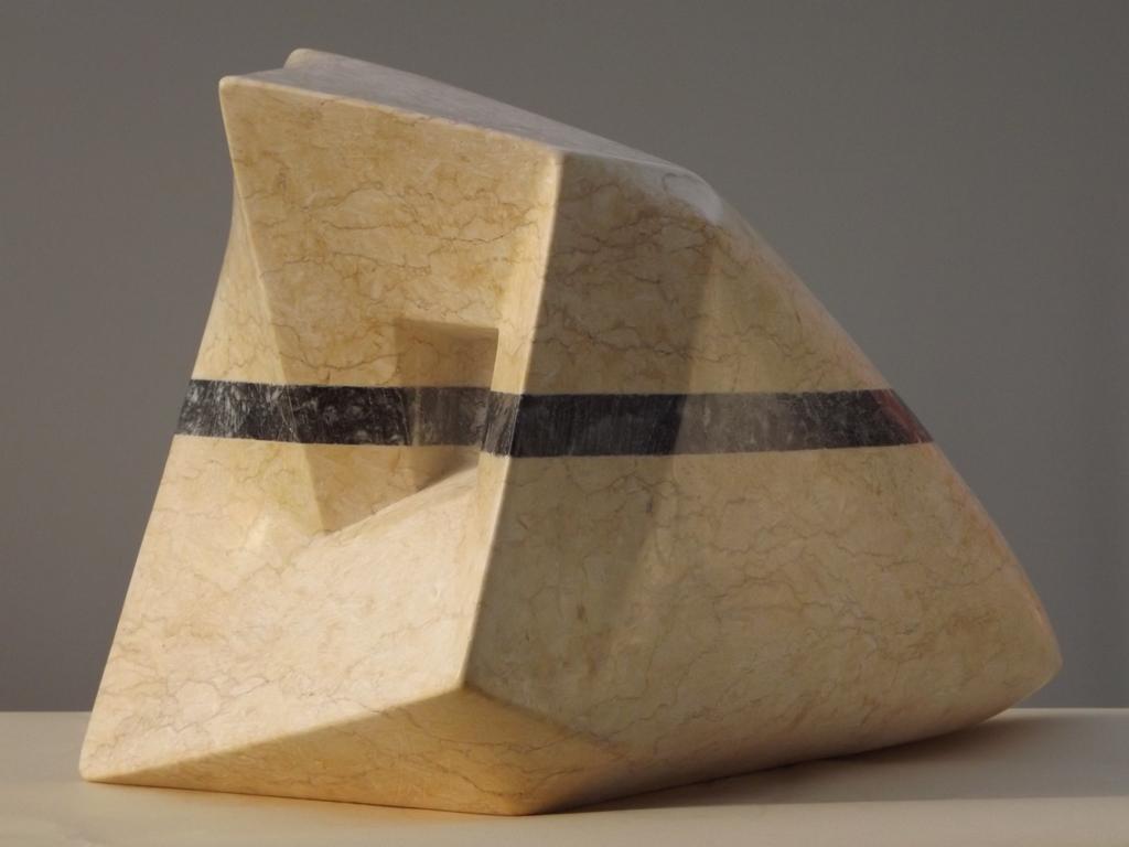 Stone h 37 cm 2014